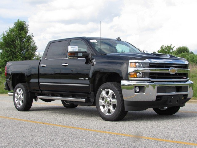 2018 Silverado 2500 Crew Cab 4x4,  Pickup #H4354 - photo 3