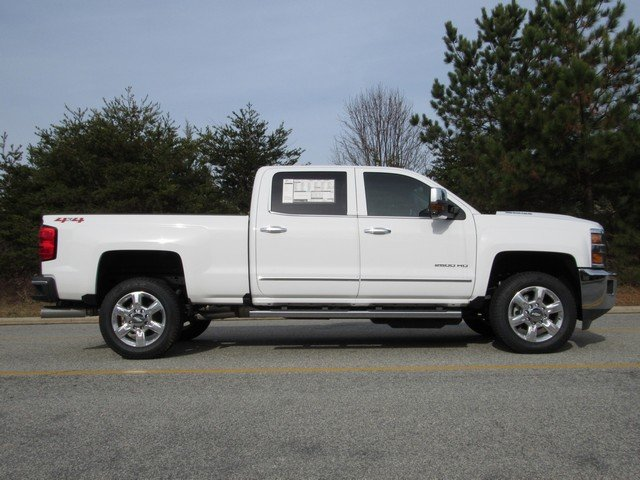 2018 Silverado 2500 Crew Cab 4x4,  Pickup #H4419 - photo 14