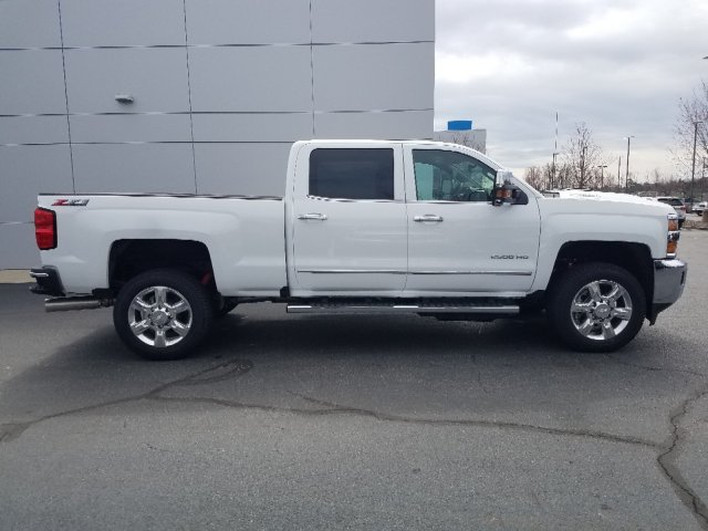 2019 Silverado 2500 Crew Cab 4x4,  Pickup #I4817 - photo 3