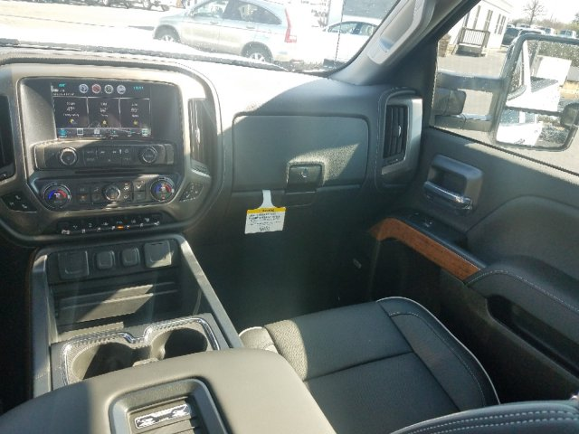 2019 Silverado 2500 Crew Cab 4x4,  Pickup #I5101 - photo 26