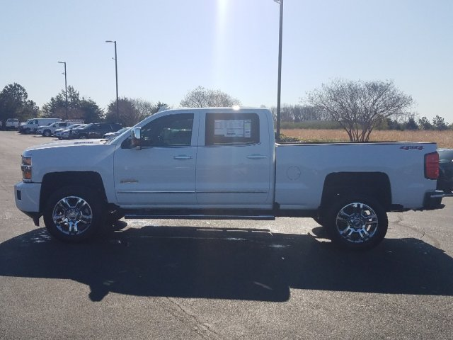 2019 Silverado 2500 Crew Cab 4x4,  Pickup #I5101 - photo 6