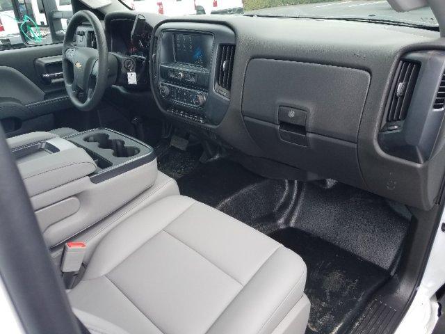 2019 Silverado Medium Duty 4x2,  Cab Chassis #I5235 - photo 26