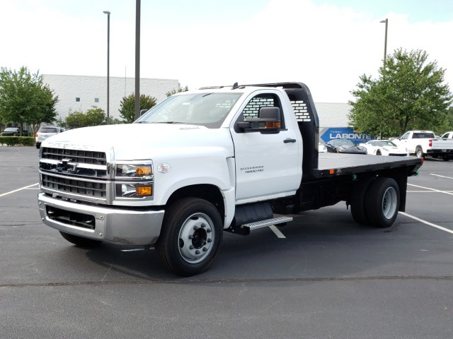 2019 Silverado Medium Duty 4x2,  Cab Chassis #I5235 - photo 7