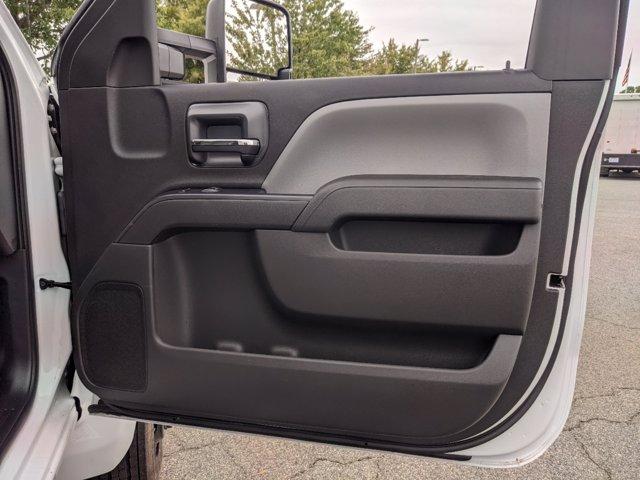 2020 Chevrolet Silverado Medium Duty Regular Cab DRW 4x2, Cab Chassis #J6971 - photo 24