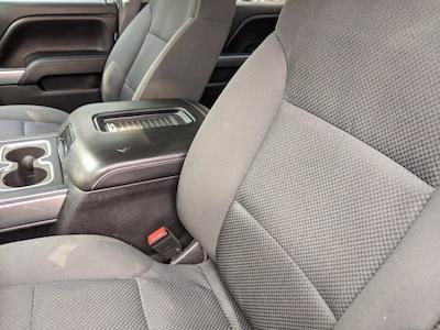 2016 Chevrolet Silverado 1500 Crew Cab 4x4, Pickup #M9114A - photo 15