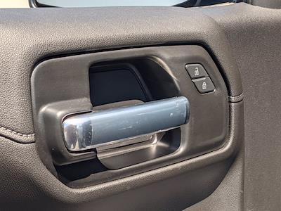 2021 Chevrolet Silverado 1500 Crew Cab 4x4, Pickup #M9314 - photo 12