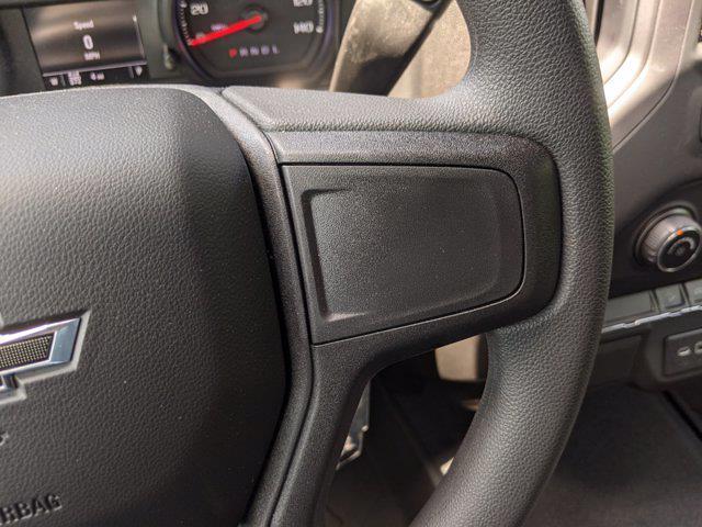2021 Chevrolet Silverado 1500 Crew Cab 4x4, Pickup #M9341 - photo 17