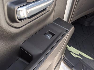 2021 Chevrolet Silverado 1500 Crew Cab 4x4, Pickup #M9341 - photo 25