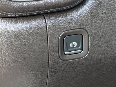 2020 Chevrolet Silverado 1500 Crew Cab 4x4, Pickup #M9518A - photo 20