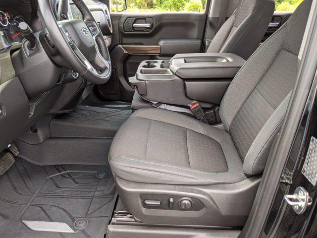 2019 Chevrolet Silverado 1500 Crew Cab 4x4, Pickup #M9532A - photo 16