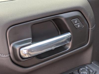 2021 Chevrolet Silverado 1500 Crew Cab 4x4, Pickup #M9638 - photo 12