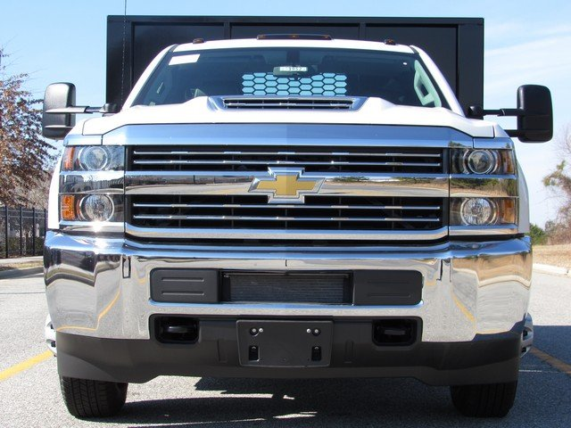 2018 Silverado 3500 Regular Cab DRW 4x4,  Knapheide Platform Body #MH3952 - photo 3