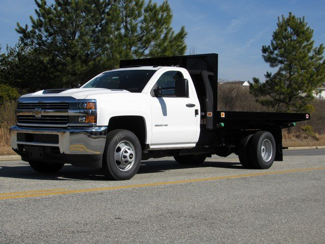2018 Silverado 3500 Regular Cab DRW 4x4,  Knapheide Platform Body #MH3952 - photo 4