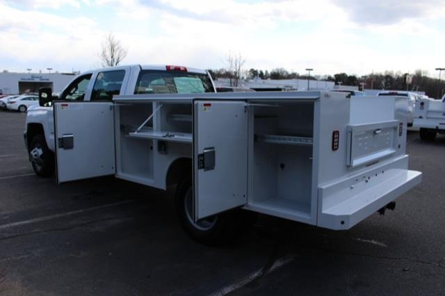 2018 Silverado 3500 Crew Cab DRW 4x4,  Service Body #MH4762 - photo 18