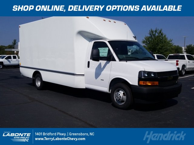 2019 Chevrolet Express 3500 4x2,  Unicell Cutaway Van #MI6421 - photo 1