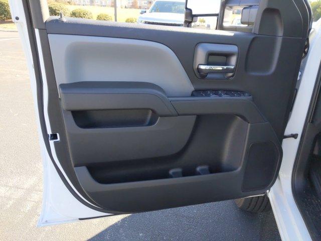 2019 Chevrolet Silverado 2500 Double Cab 4x2, Reading SL Service Body #MI6491 - photo 9