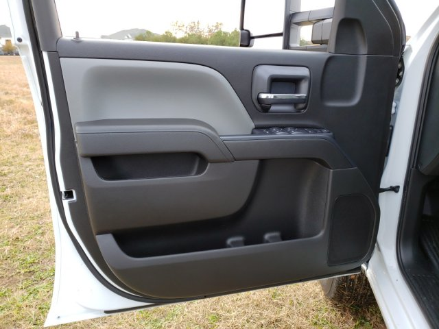 2019 Silverado 2500 Double Cab 4x2, Reading SL Service Body #MI6635 - photo 10