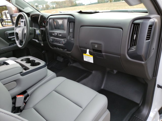 2019 Silverado 2500 Double Cab 4x2, Reading SL Service Body #MI6635 - photo 32