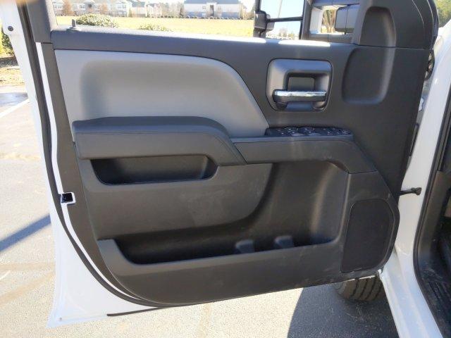 2019 Silverado 2500 Double Cab 4x4, Knapheide Steel Service Body #MI7120 - photo 9