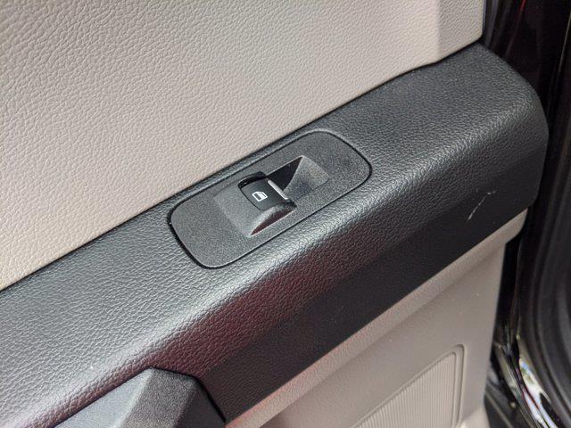 2019 F-150 SuperCrew Cab 4x2,  Pickup #PS5558 - photo 30