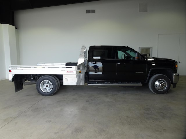 2018 Sierra 3500 Crew Cab DRW 4x4,  Hillsboro Platform Body #41468 - photo 3