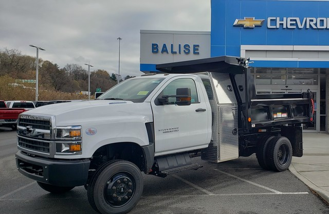 2019 Chevrolet Silverado 6500 Regular Cab DRW 4x4, Reading Dump Body #C48280 - photo 1