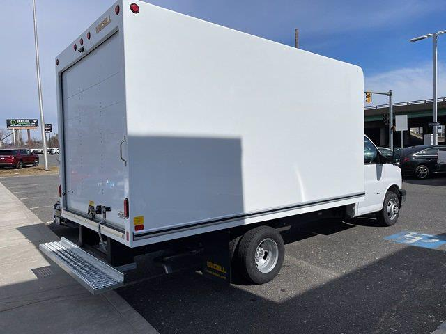 2021 Chevrolet Express 3500 4x2, Unicell Cutaway Van #C48981 - photo 1