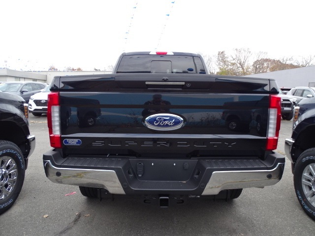 2019 F-250 Crew Cab 4x4, Pickup #F1202 - photo 2