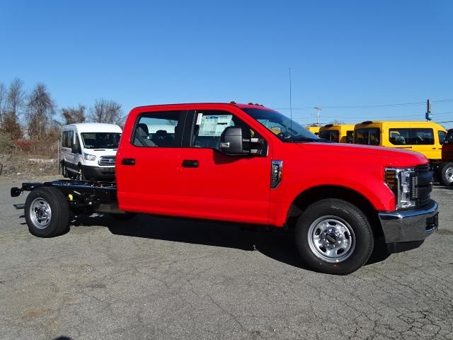 2019 F-350 Crew Cab 4x2, Cab Chassis #F1298 - photo 3