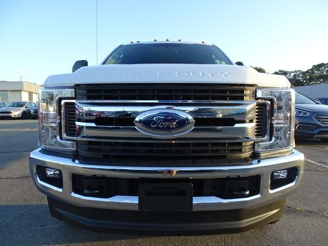 2019 F-250 Super Cab 4x4, Pickup #F367 - photo 3