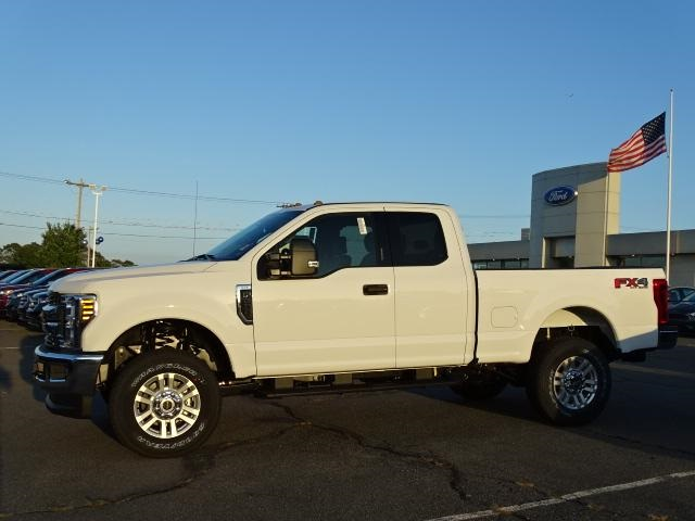 2019 F-250 Super Cab 4x4, Pickup #F367 - photo 4