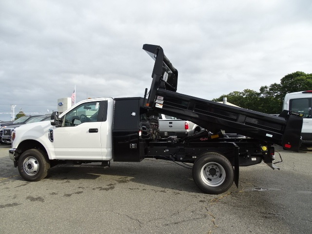 2018 F-350 Regular Cab DRW 4x4,  Rugby Dump Body #F372 - photo 2