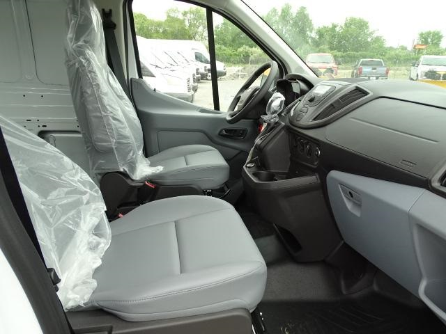2019 Transit 250 Low Roof 4x2,  Empty Cargo Van #F600 - photo 6