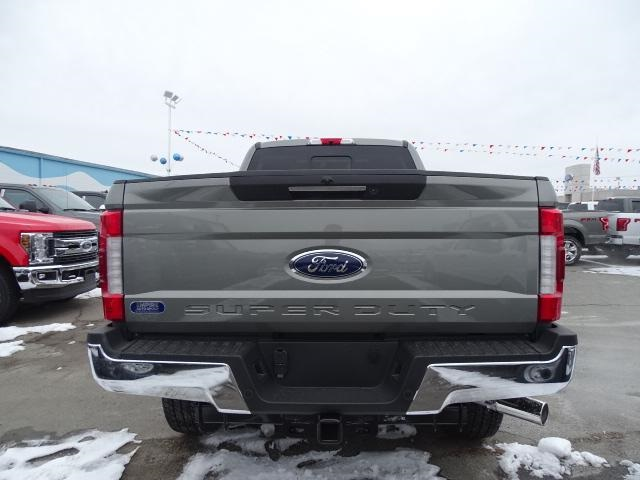 2019 F-350 Crew Cab 4x4, Pickup #F846 - photo 2