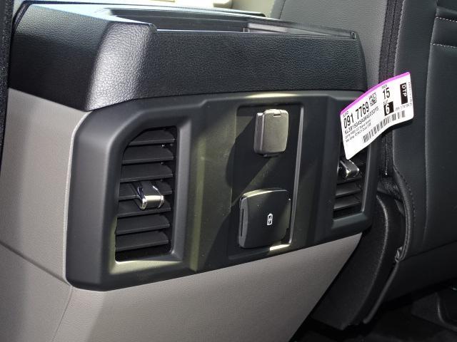 2019 F-150 SuperCrew Cab 4x4, Pickup #F946 - photo 17