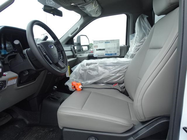 2019 F-550 Regular Cab DRW 4x4,  Rugby Eliminator LP Steel Dump Body #F978 - photo 3