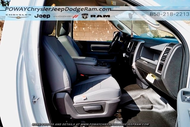 2018 Ram 3500 Regular Cab DRW 4x2,  Cab Chassis #C15573 - photo 14