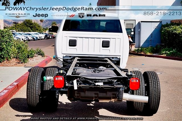2018 Ram 3500 Regular Cab DRW 4x2,  Cab Chassis #C15573 - photo 16