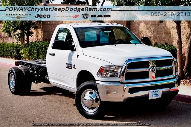2018 Ram 3500 Regular Cab DRW 4x2,  Cab Chassis #C15573 - photo 3