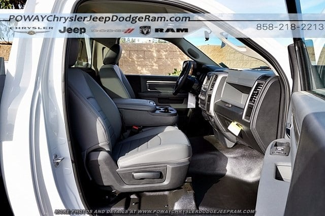2018 Ram 5500 Regular Cab DRW 4x2,  Harbor Combo Body #C15743 - photo 14