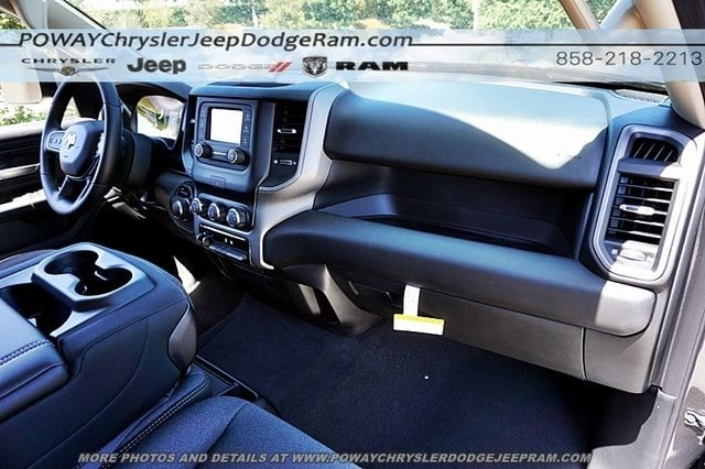 2019 Ram 1500 Crew Cab 4x2,  Pickup #C16306 - photo 11