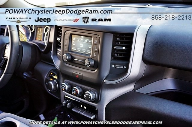 2019 Ram 1500 Crew Cab 4x4, Pickup #C16539 - photo 15
