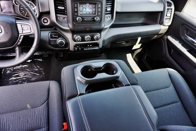 2019 Ram 1500 Crew Cab 4x2, Pickup #C16588 - photo 24