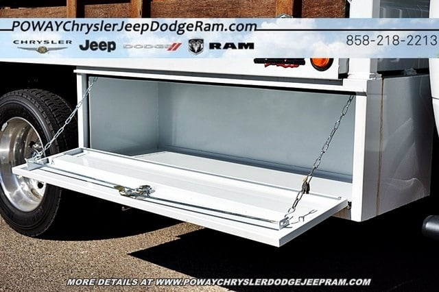 2018 Ram 5500 Regular Cab DRW 4x2,  Bedco Truck Equipment Stake Bed #C16685 - photo 25