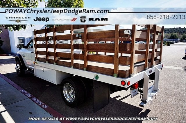 2018 Ram 5500 Regular Cab DRW 4x2,  Bedco Truck Equipment Stake Bed #C16685 - photo 27