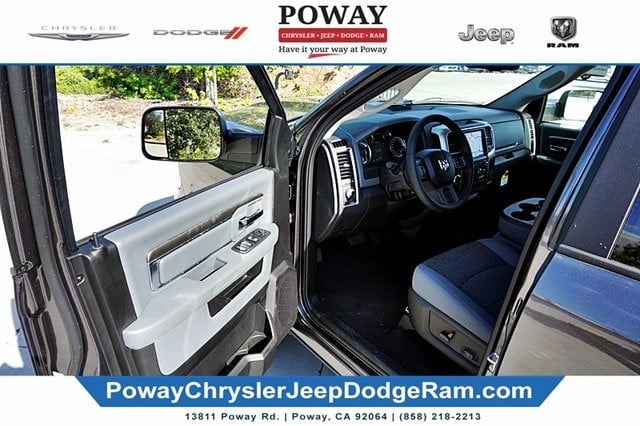 2019 Ram 1500 Crew Cab 4x2,  Pickup #C16827 - photo 34