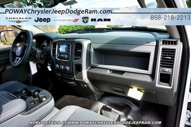 2018 Ram 5500 Regular Cab DRW 4x2,  Cab Chassis #C16844 - photo 9