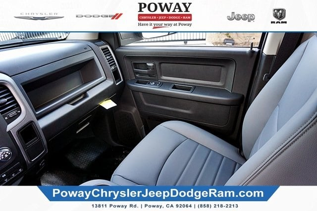 2018 Ram 3500 Crew Cab 4x2,  Cab Chassis #C16853 - photo 25