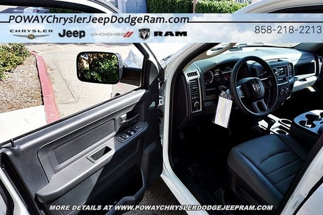 2018 Ram 3500 Crew Cab 4x4,  Cab Chassis #C16857 - photo 29
