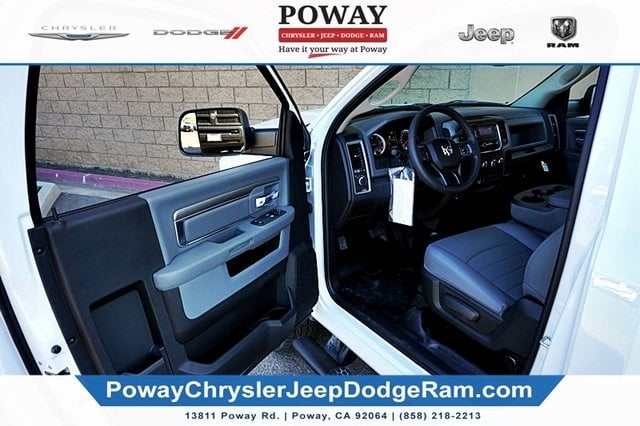 2018 Ram 3500 Regular Cab 4x2,  Cab Chassis #C16880 - photo 25